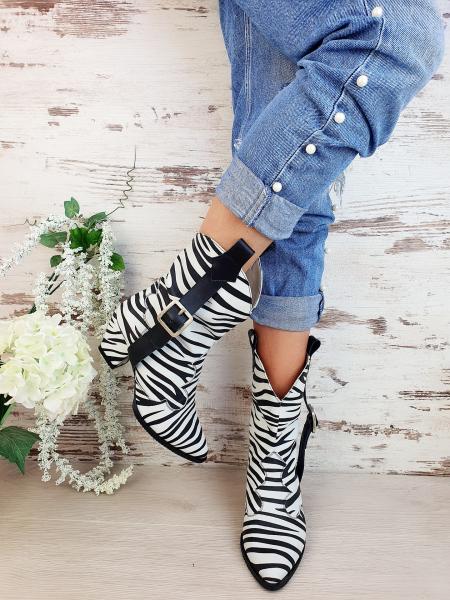 Ciocate Zebra 7