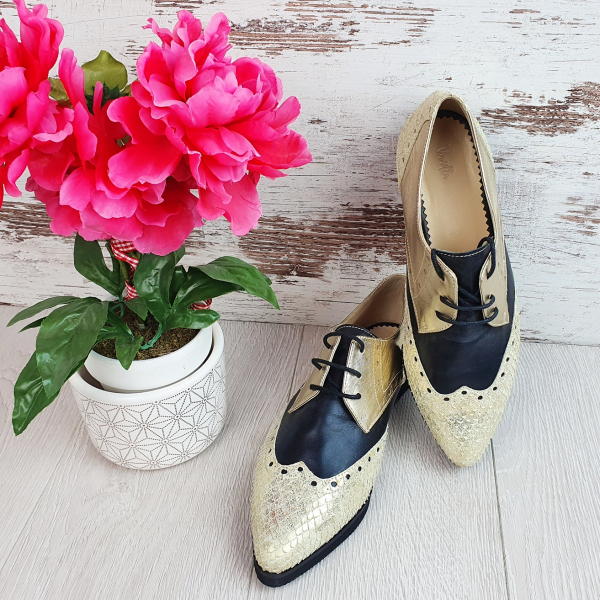 Pantofi Oxford 0