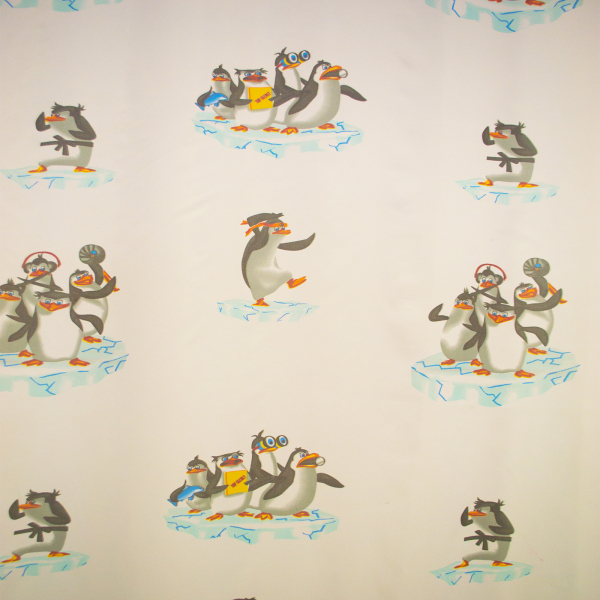 Perdea Velaria voal cu pinguini 170x245 cm 1