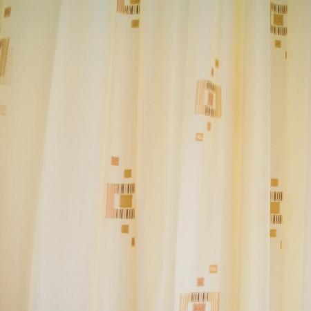 Perdea Velaria de bucatarie voal crem cu patratele maro, 175x165 cm [1]