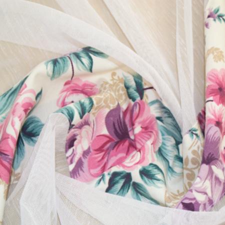 Perdea Velaria in alb cu flori, 265x150 cm [1]