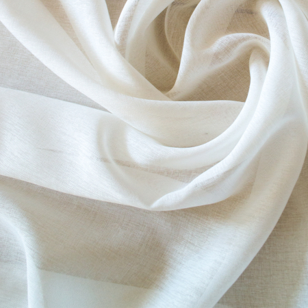 Perdea Velaria in alb cu fluturi pruna, 165x150 cm1
