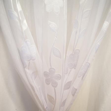 Perdea Velaria sable alb cu flori, 200x250 cm2