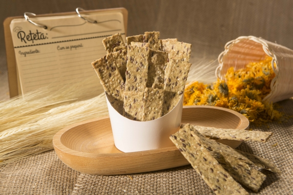 Crackers cu seminte de canepa, in si chia, 125g 1