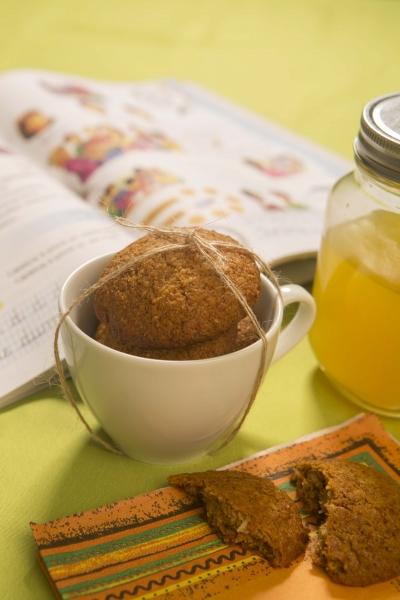 Biscuiti cu ghimbir si cocos, 150G 2