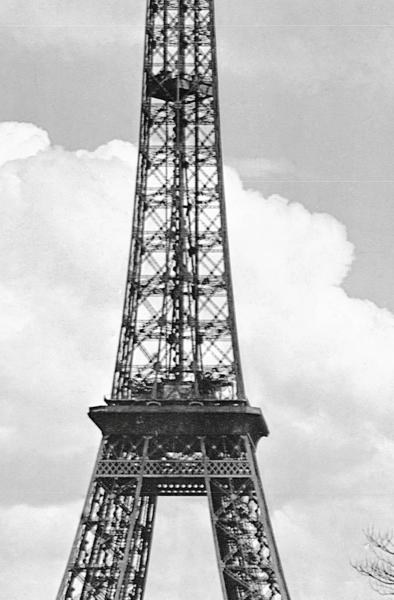 Fototapet 00644 Turnul Eiffel anul 1909 [1]