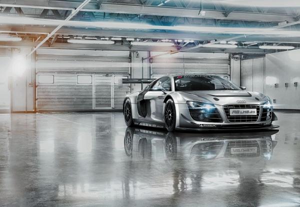 Fototapet 8-957 Audi R8 Le Mans [0]