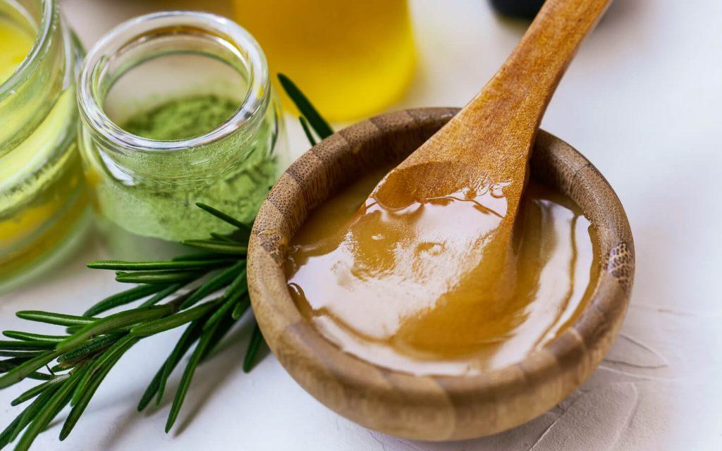 Mierea de Manuka - ce beneficii are și cum știi că e veritabilă?