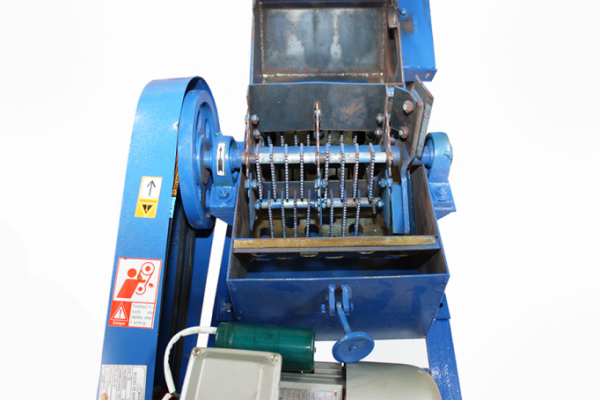 Tocator de furaje Universal (cocean, lucerna, paie) + Moara de cereale Micul Fermier F500 4 Kw 1500 kg/h [3]