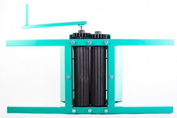 Zdrobitor de STRUGURI cu cadru metalic, volum cuva 20 L, Micul Fermier [6]
