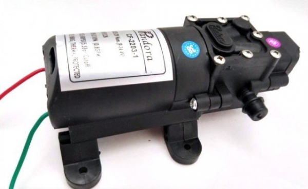 Pompa cu automorsare 5,5 Bari, debit: 3.1 L/min, 12V - 2,2 A 2
