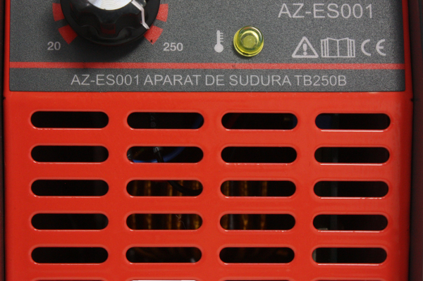 Invertor de sudura Almaz AZ-ES001 250A Electrod 1.6-4mm, accesorii incluse 12