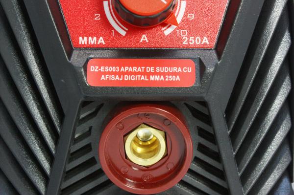 Aparat de sudura Invertor AlmazProfi 250A AZ-ES003, Clesti de sudura + masca de mana [15]