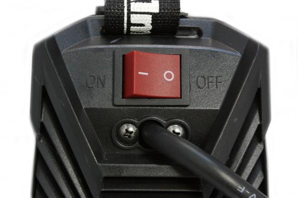 Aparat de sudura Invertor AlmazProfi 250A AZ-ES003, Clesti de sudura + masca de mana [4]