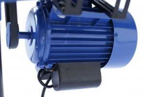 Batoza de curatat porumbul 240 kg/h motor 1500W, 3000Rpm2