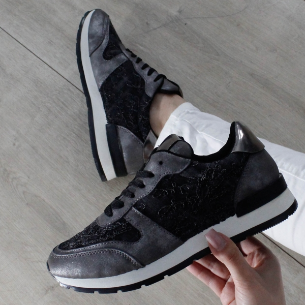 Adidas Flory 1