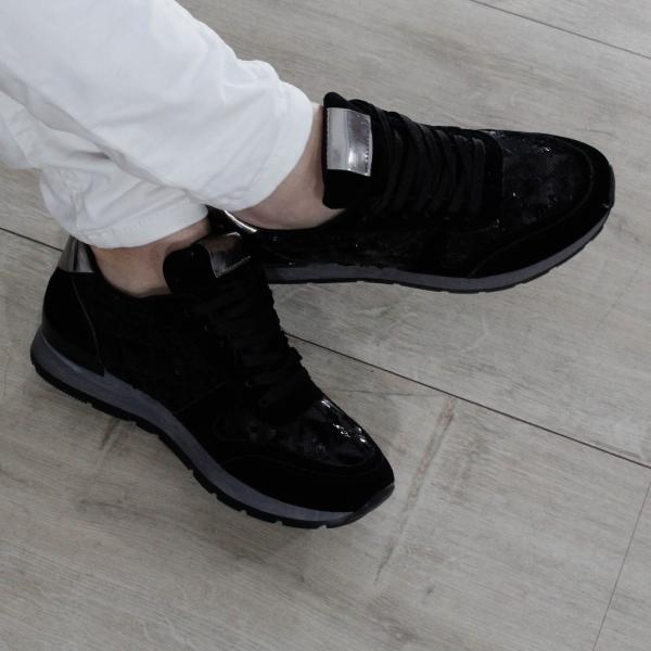 Adidasi Blackie 0