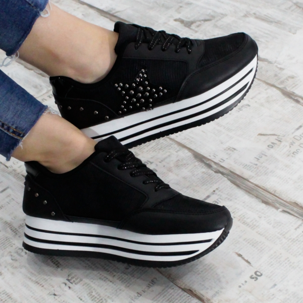 Adidasi Blacky 0