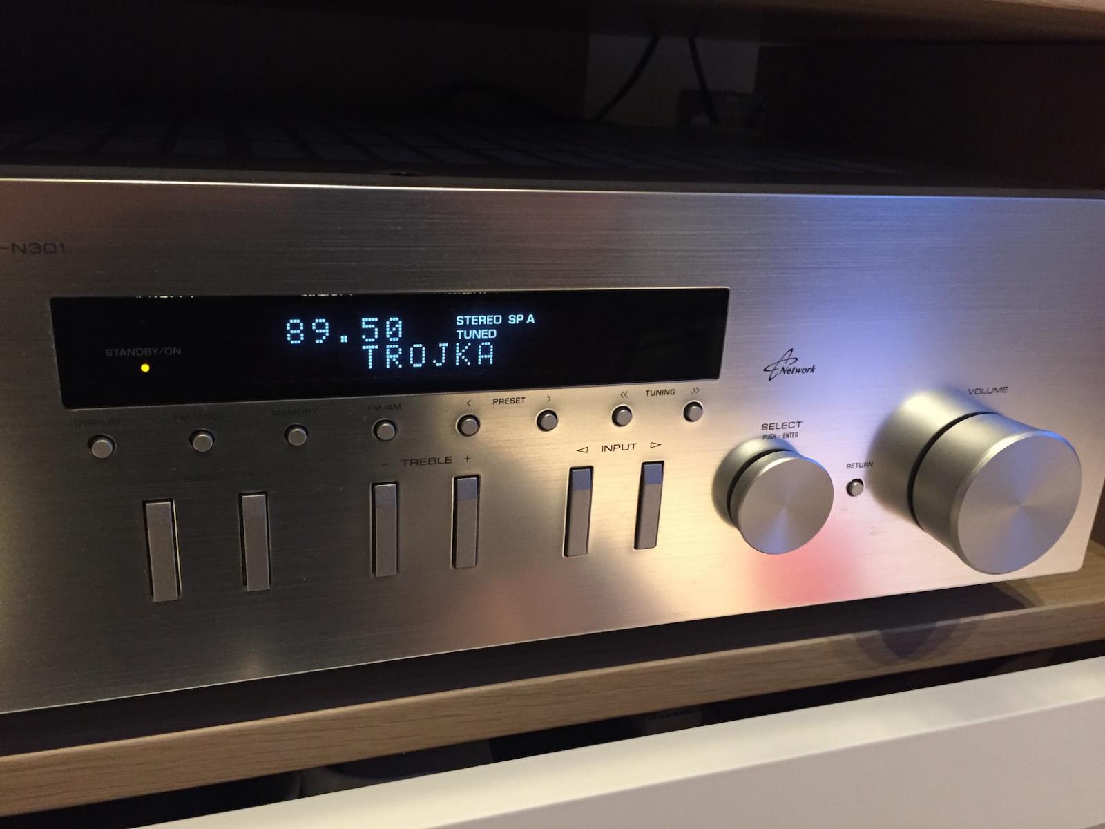Receiver Yamaha R N301