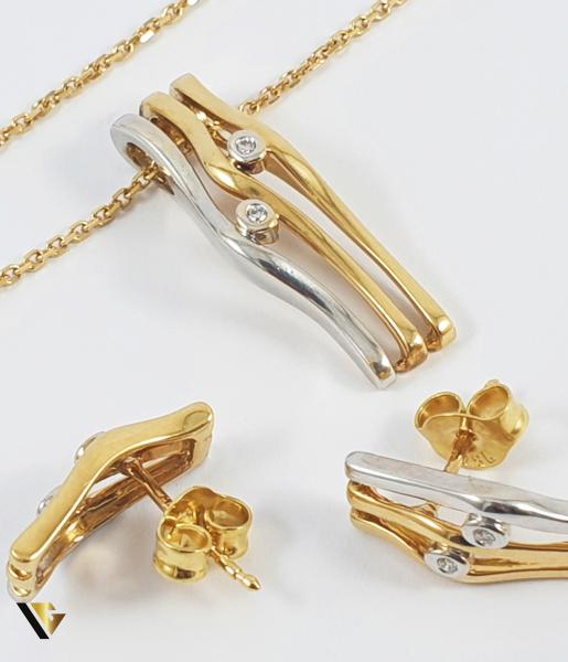 Set Lant, Pandant  si Cercei din Aur 18k, Diamante cca. 0.09 ct in total, 8.77 grame (R) 0
