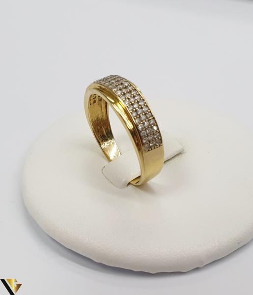 """Inel din aur 18k, 750 2.98 grame Diametrul inelului este de 19mm (masura standard RO:59 si UE:19) Latimea in partea superioara este de 6.5 mm Marcaj cu titlul """"750"""" Locatie Harlau 0"""