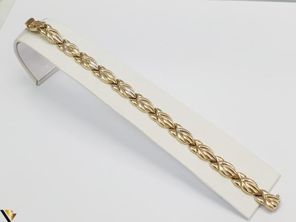 """Bratara din aur 14k, 585 12.28 grame Latime de 8 mm Lungime totala de 20cm Marcaj cu titlul """"585"""" Locatie HARLAU 0"""