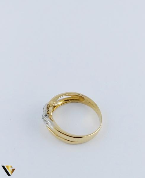 Inel Aur 18k, Diamante de cca. 0.15 ct in total, 3.64 grame 4