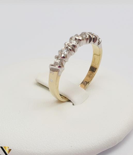 """Inel din aur 14k, 585 3.18 grame Diametrul inelului este de 18.5mm (masura standard RO:58 si UE:18) Latimea in partea superioara este de 3mm Marcaj cu titlul """"585"""" Locatie Harlau 0"""