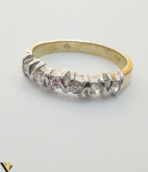 """Inel din aur 14k, 585 3.18 grame Diametrul inelului este de 18.5mm (masura standard RO:58 si UE:18) Latimea in partea superioara este de 3mm Marcaj cu titlul """"585"""" Locatie Harlau [2]"""