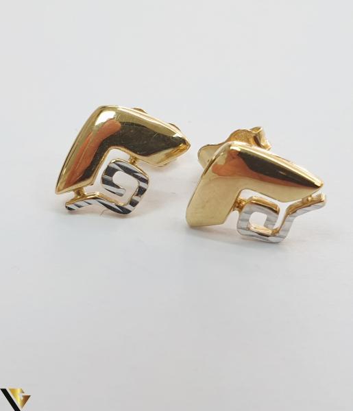 Cercei din aur  14k, 585 1.55 grame Lungimea cerceilor 11mm Latimea cerceilor 8mm Locatie HARLAU Marcaj cu titlul 585 1