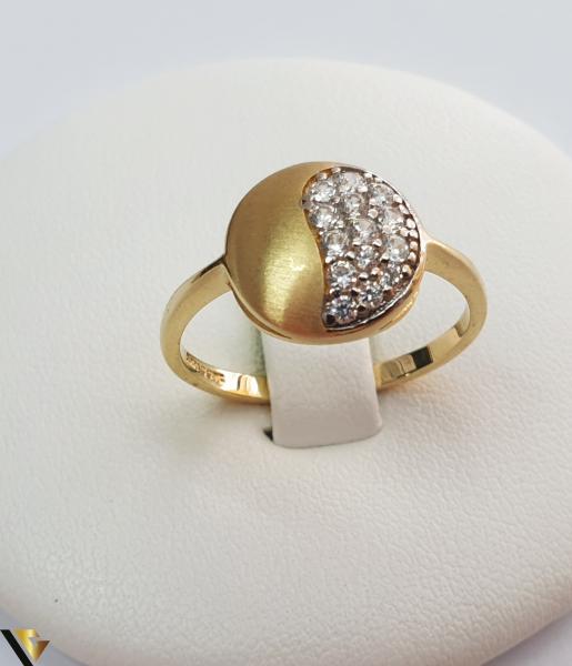 """Inel din aur 14k, 585 2.10grame Diametrul inelului este de 18mm (masura standard RO:56 si UE:16) Latimea in partea superioara este de 11 mm Marcaj cu titlul """"585"""" Locatie Harlau 0"""