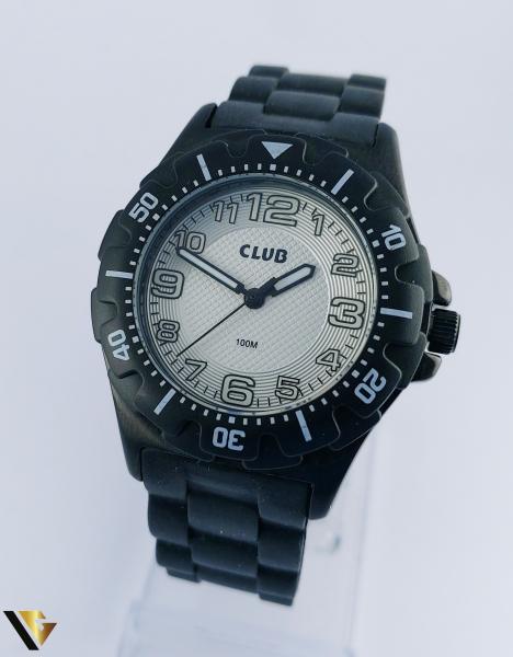 CLUB 76152 (R) 0