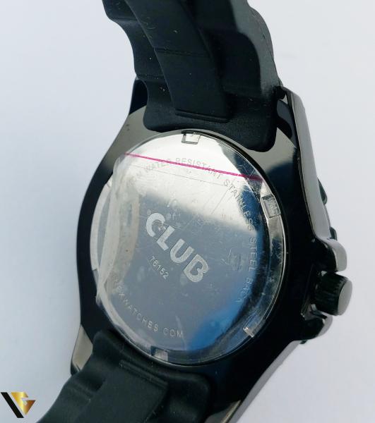 CLUB 76152 (R) 1