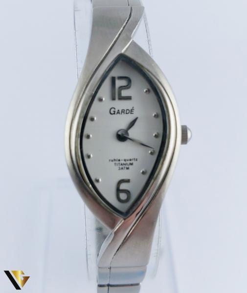GARDE TITANIUM (R) 1