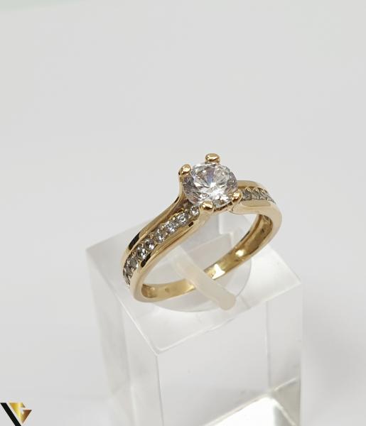 """Inel din aur 14k, 585 2.43grame Diametrul inelului este de 16mm (masura standard RO:50 si UE:10) Latimea in partea superioara este de 5.5 mm Marcaj cu titlul """"585"""" Locatie Harlau 0"""