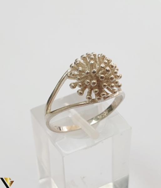 """Inel din argint, 925 2.83 grame Latime inel 10 mm Diametrul inelului este de 18.5mm (masura standard RO: 58 si UE: 18) Marcaj cu titlul """"925"""" Locatie HARLAU 0"""