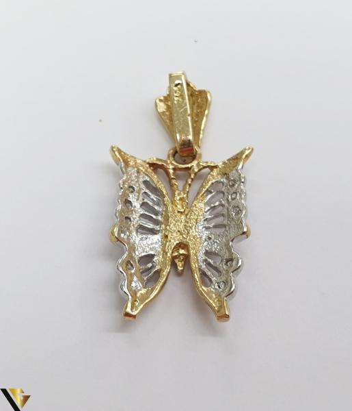 Pandantiv din aur 14k, 585 3.23grame Lungimea pandantivului cu anou este de 28.5 mm Latimea pandantivului este de 13.5mm Locatie HARLAU 1