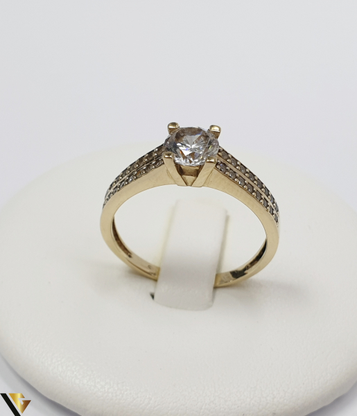 """Inel din aur 14k, 585 3.20grame Diametrul inelului este de 18.5mm (masura standard RO:58 si UE:18) Latimea in partea superioara este de 6.0 mm Marcaj cu titlul """"585"""" Locatie Harlau 0"""