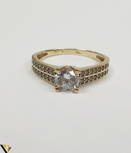 """Inel din aur 14k, 585 3.20grame Diametrul inelului este de 18.5mm (masura standard RO:58 si UE:18) Latimea in partea superioara este de 6.0 mm Marcaj cu titlul """"585"""" Locatie Harlau 1"""