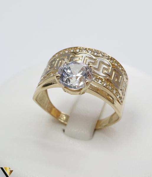 """Inel din aur 14k, 585 4.69grame Diametrul inelului este de 19.5mm (masura standard RO:61 si UE:21) Latimea in partea superioara este de 12.5 mm Marcaj cu titlul """"585"""" Locatie Harlau 0"""