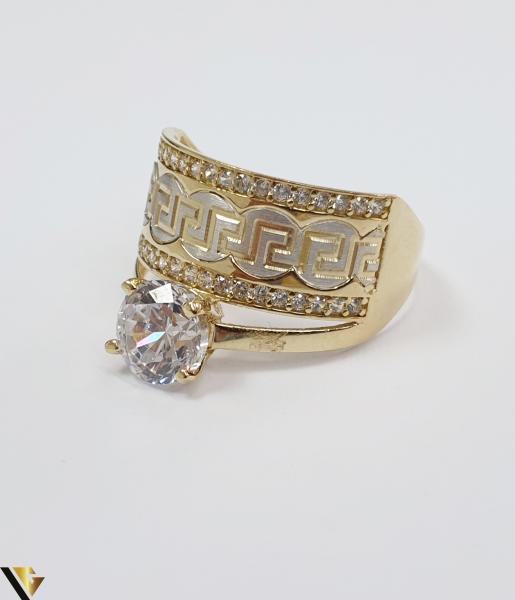 """Inel din aur 14k, 585 4.69grame Diametrul inelului este de 19.5mm (masura standard RO:61 si UE:21) Latimea in partea superioara este de 12.5 mm Marcaj cu titlul """"585"""" Locatie Harlau 1"""