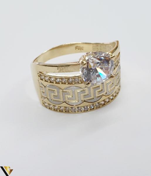"""Inel din aur 14k, 585 4.69grame Diametrul inelului este de 19.5mm (masura standard RO:61 si UE:21) Latimea in partea superioara este de 12.5 mm Marcaj cu titlul """"585"""" Locatie Harlau 2"""