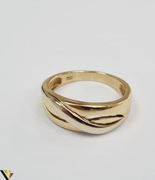 """Inel din aur 18k, 750 4.81grame Diametrul inelului este de 17.5mm (masura standard RO:55si UE:15) Latimea in partea superioara este de 7mm Marcaj cu titlul """"750"""" Locatie Harlau [1]"""