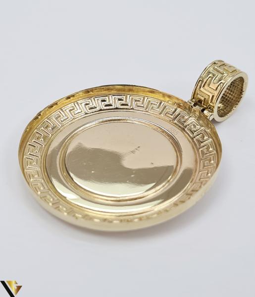 Pandantiv din aur 14k, 585 6.00 grame Lungimea pandantivului cu anou este de 46 mm Latimea pandantivului este de 34mm Locatie HARLAU 1