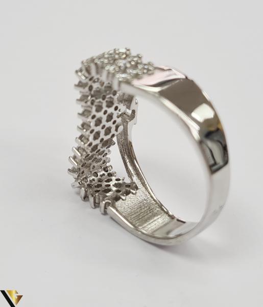 """Inel din argint, 925 5.08 grame Latime inel 9 mm Diametrul inelului este de 19mm (masura standard RO: 59 si UE: 19) Marcaj cu titlul """"925"""" Locatie HARLAU [3]"""