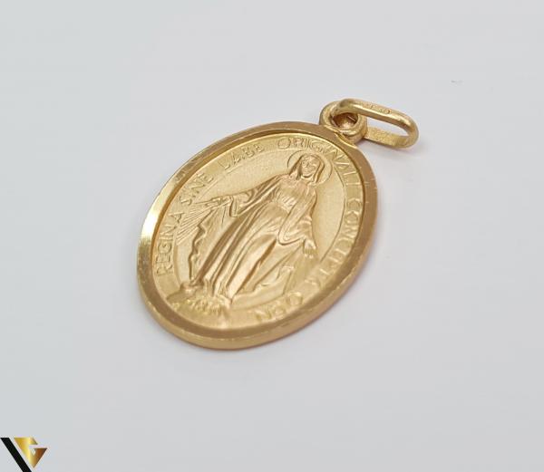 Pandantiv din aur 9k, 375 3.23 grame Lungimea pandantivului cu anou este de 29 mm Latimea pandantivului este de 15mm Locatie HARLAU [1]