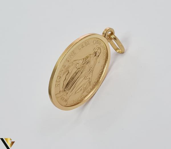 Pandantiv din aur 9k, 375 3.23 grame Lungimea pandantivului cu anou este de 29 mm Latimea pandantivului este de 15mm Locatie HARLAU [2]