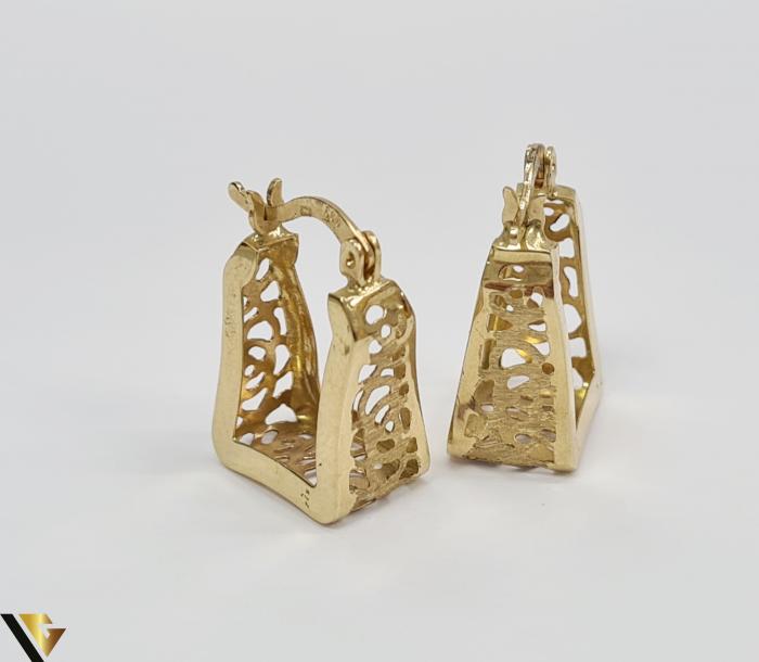 Cercei din aur  14k, 585 3.26grame Lungimea cerceilor 20mm Latimea cerceilor 8.0mm Marcaj cu titlul 585 Locatia HARLAU 1