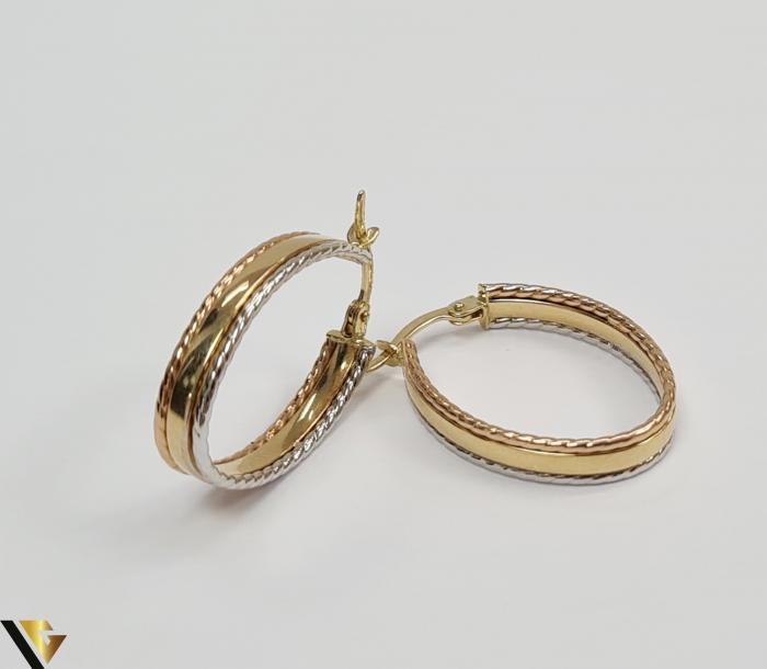 Cercei din aur  14k, 585 2.50grame Lungimea cerceilor 24.5mm Latimea cerceilor 4mm Marcaj cu titlul 585 Locatia HARLAU 1