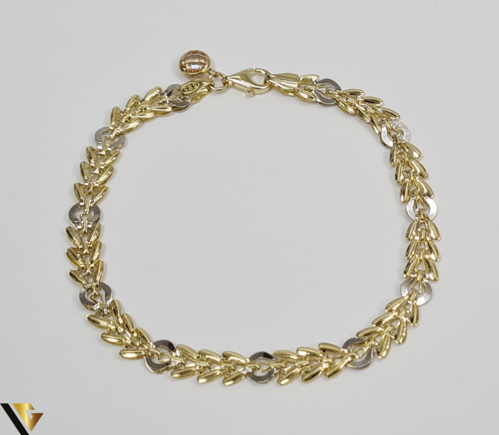 """Bratara din aur 14k, 585 3.70 grame Latime de 5.5 mm Lungime totala de 19 cm Marcaj cu titlul """"585"""" Locatie HARLAU 3"""